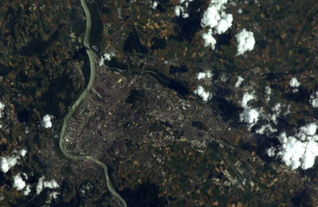earth_from_space (13)