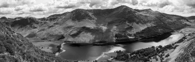 13-Jonathan Wynne - Buttermere from the flanks of Robinson_resize